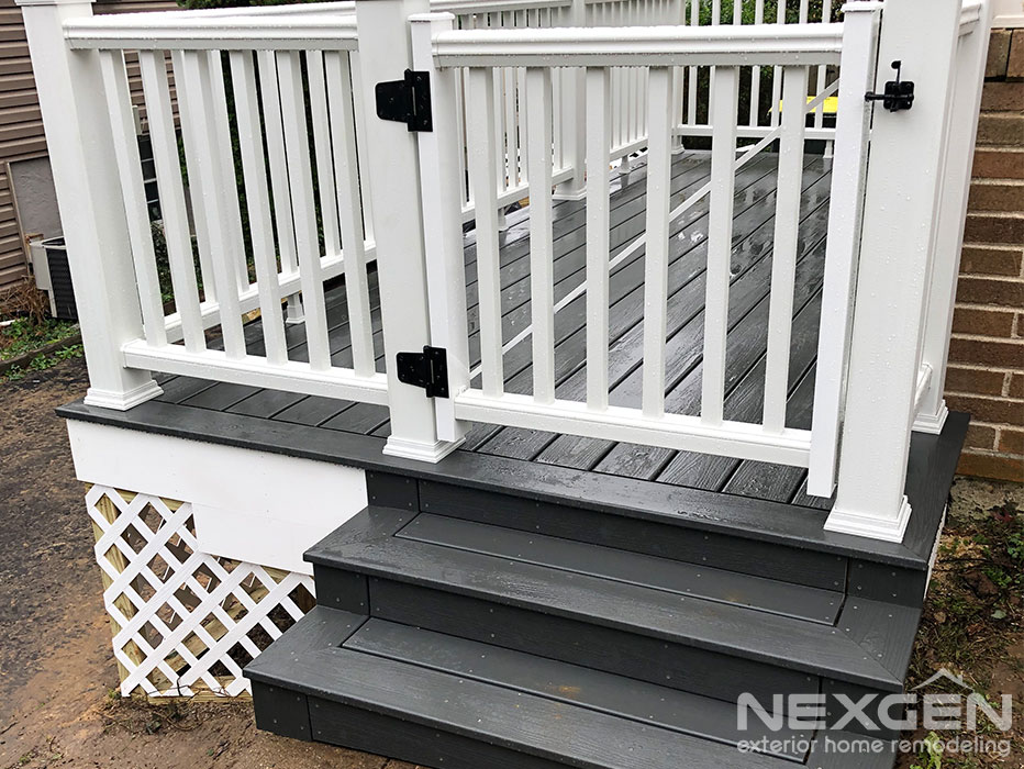 Small Deck Designs with Gate