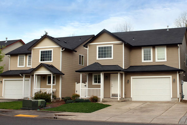 HOA Roofing for Homeowners